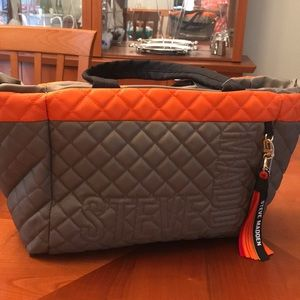 Unique STEVE MADDEN Quilted Tote NWT
